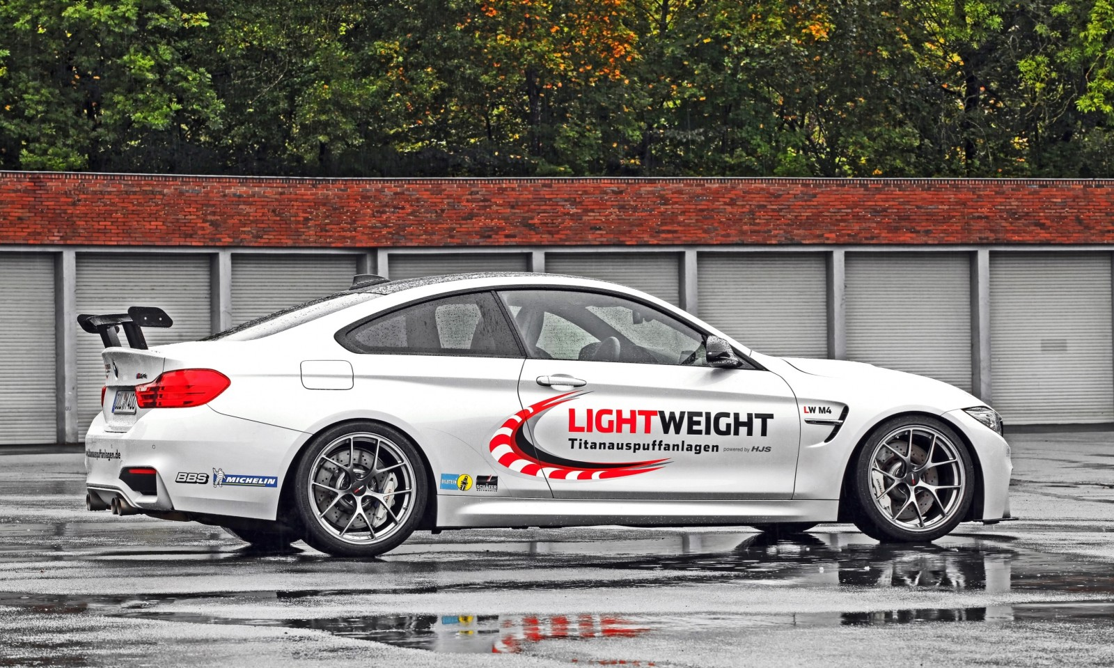 Lightweight BMW M4-8