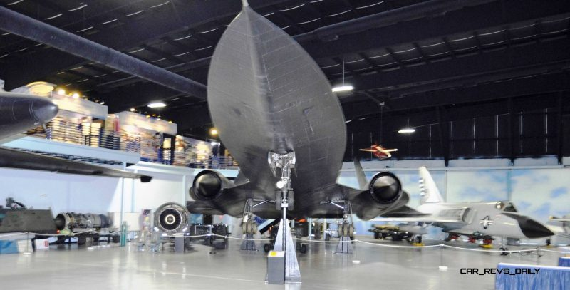 Lockheed SR-71A Blackbird 77