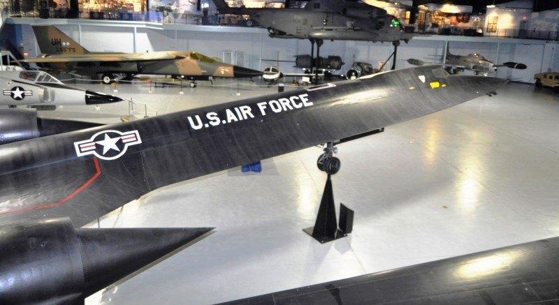 Lockheed SR-71A Blackbird 90