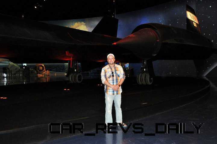 Lockheed SR-71B Blackbird 10