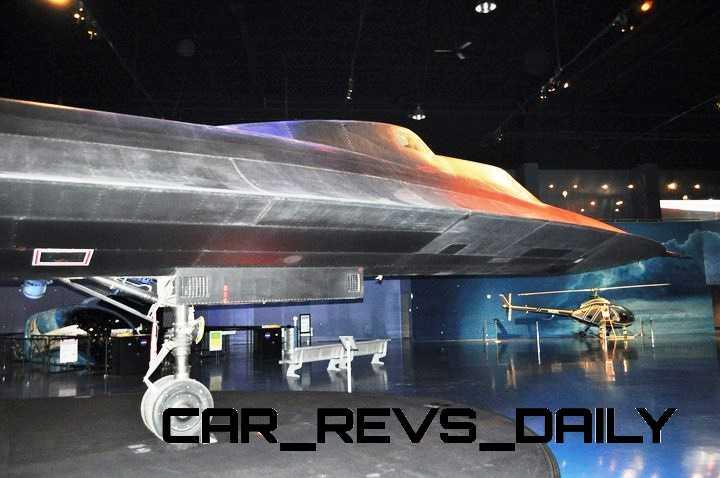 Lockheed SR-71B Blackbird 2