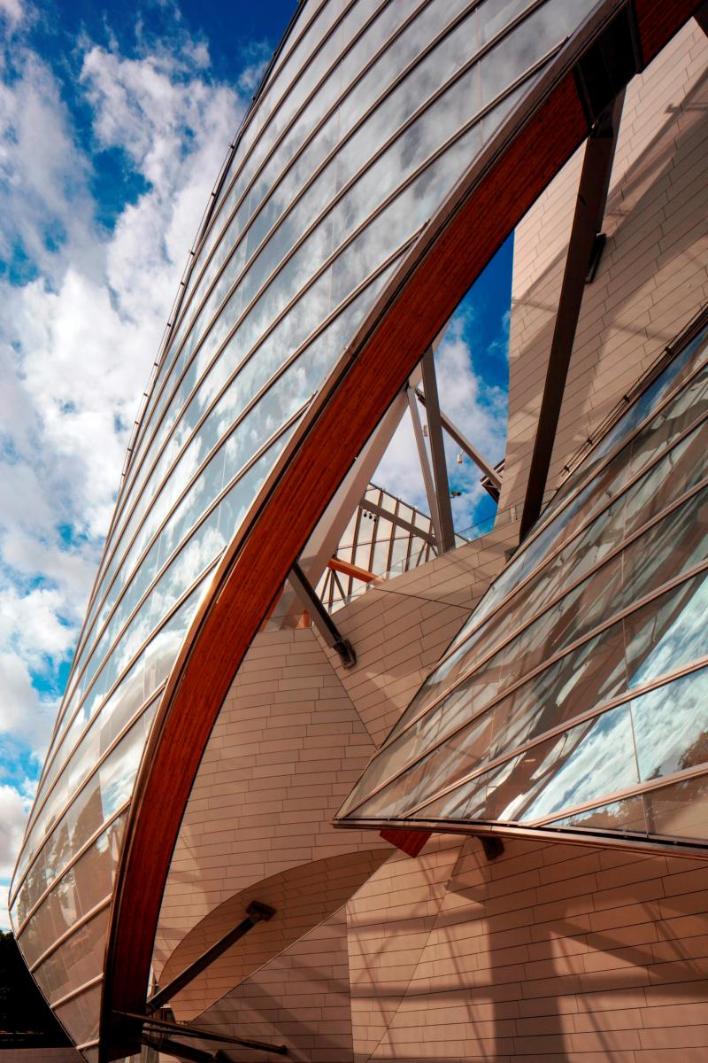 New Paris Art Museum from LVMH's Arnaud Shows Progress in Gehry Design Aesthetic 11
