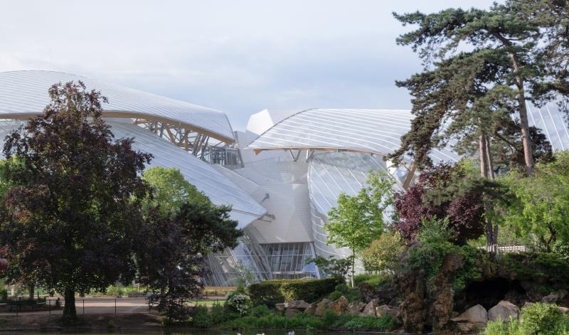 New Paris Art Museum from LVMH's Arnaud Shows Progress in Gehry Design Aesthetic 2