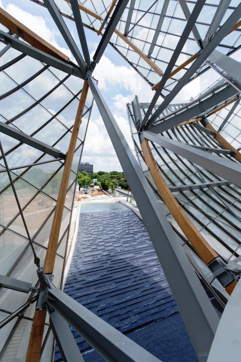 New Paris Art Museum from LVMH's Arnaud Shows Progress in Gehry Design Aesthetic 20