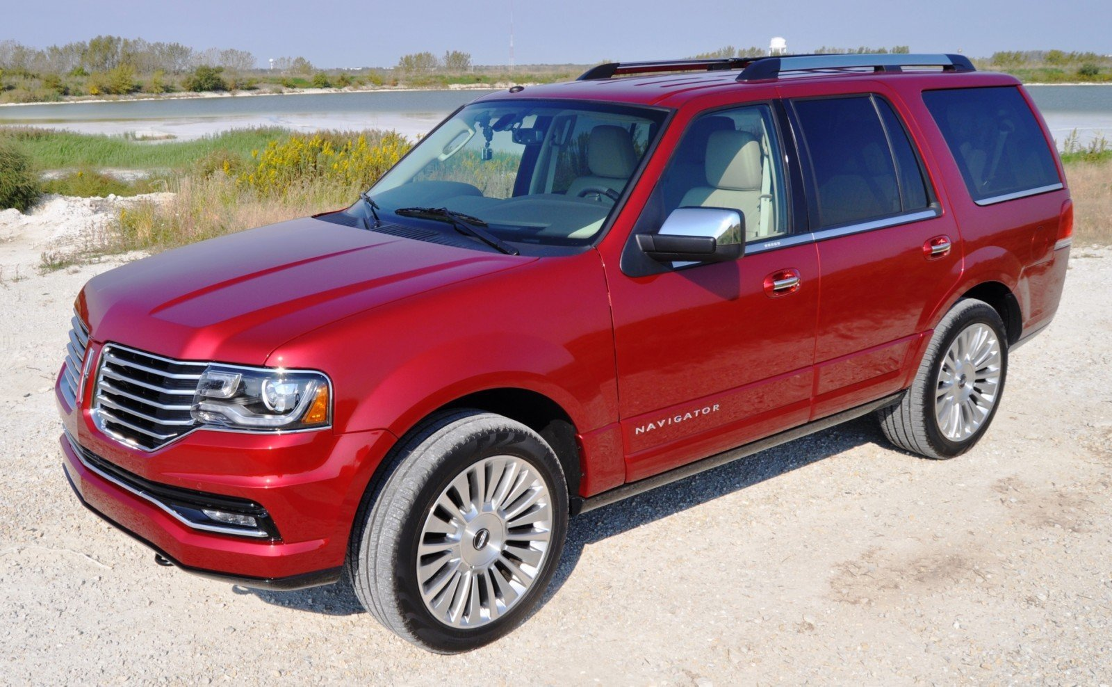 Road Test Review - 2015 Lincoln Navigator Is Totally Transformed By MR Shocks and EcoBoost 18