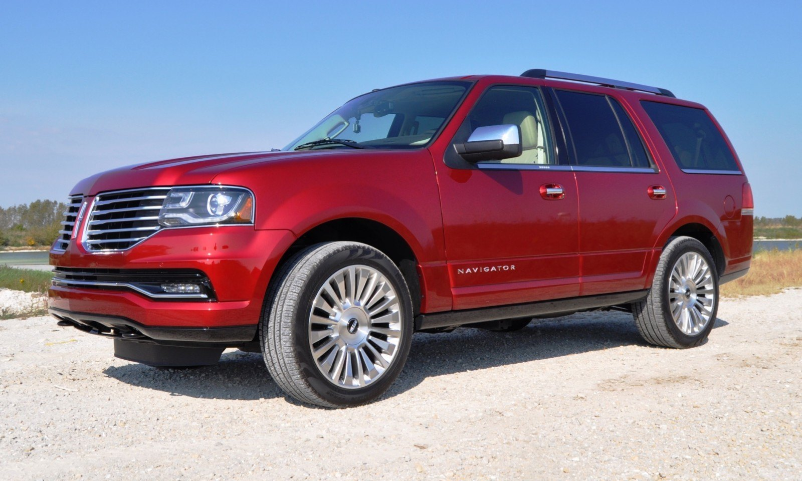 Road Test Review - 2015 Lincoln Navigator Is Totally Transformed By MR Shocks and EcoBoost 3