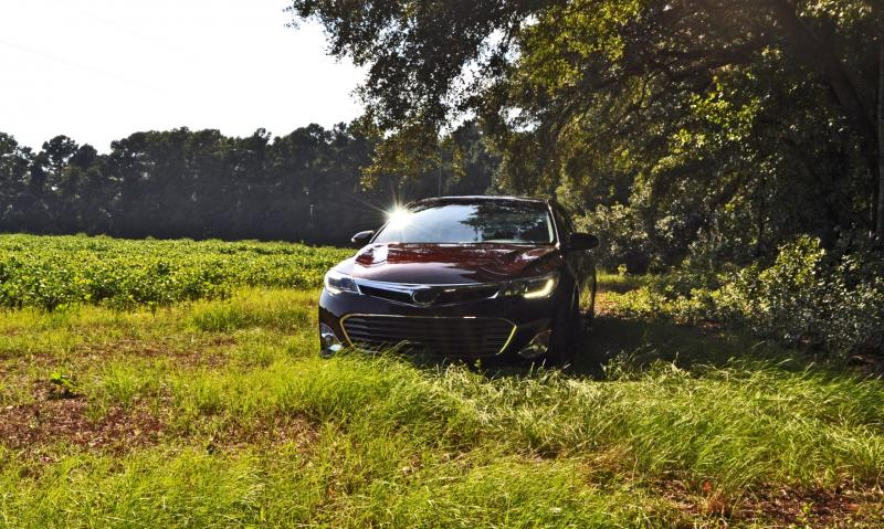 Road Test Review - 2015 Toyota Avalon Hybrid 1