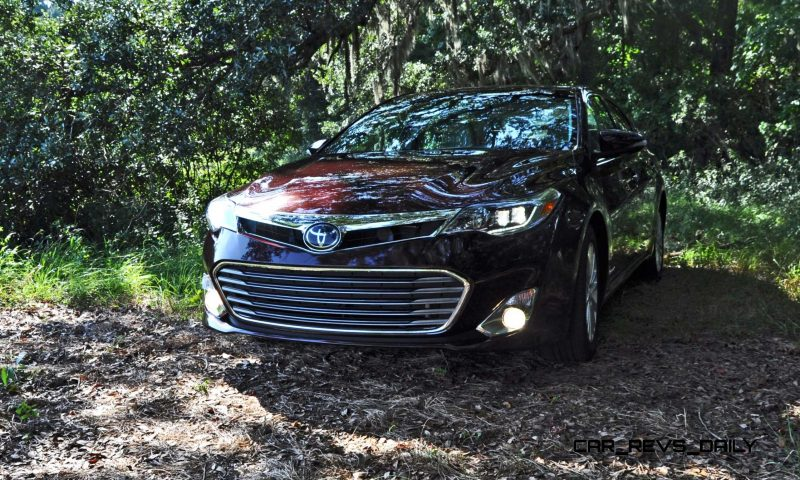Road Test Review - 2015 Toyota Avalon Hybrid 11
