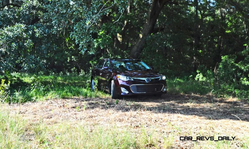 Road Test Review - 2015 Toyota Avalon Hybrid 13