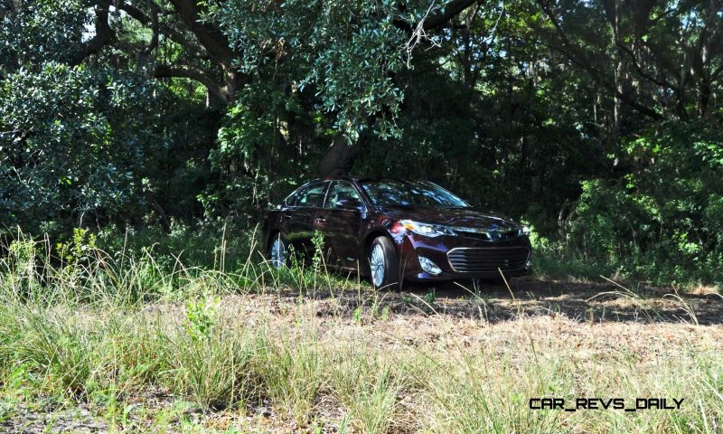 Road Test Review - 2015 Toyota Avalon Hybrid 14
