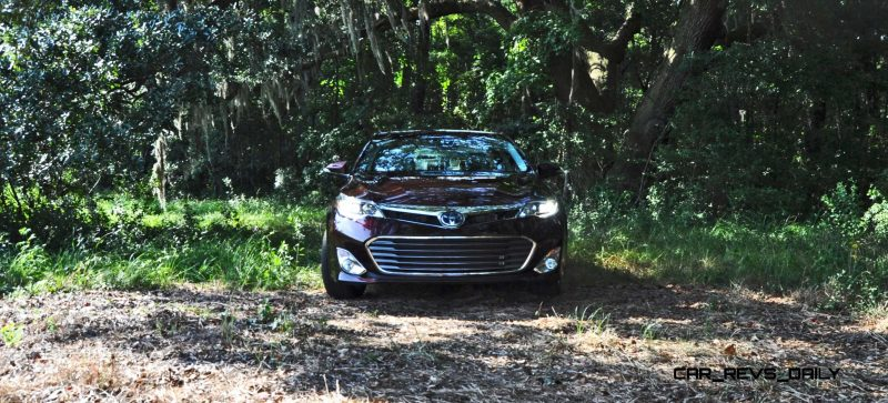 Road Test Review - 2015 Toyota Avalon Hybrid 16