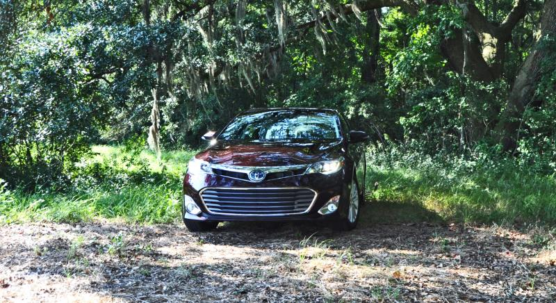 Road Test Review - 2015 Toyota Avalon Hybrid 17