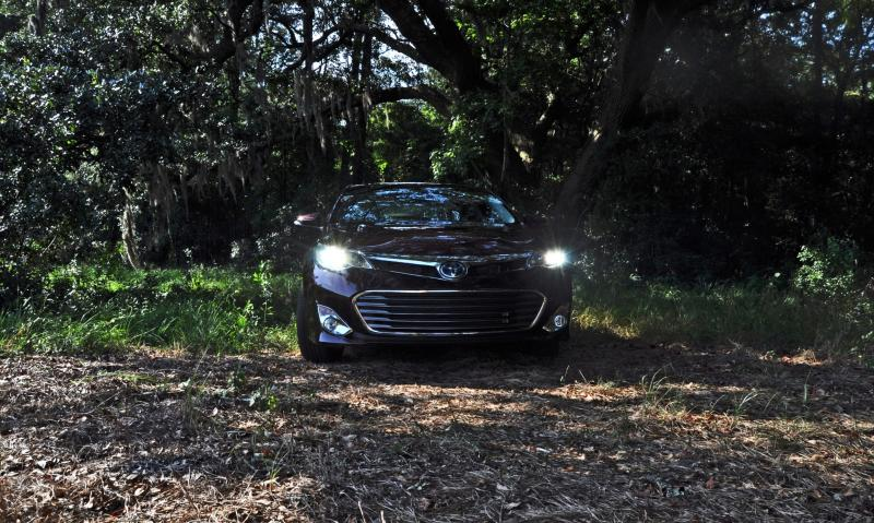 Road Test Review - 2015 Toyota Avalon Hybrid 22