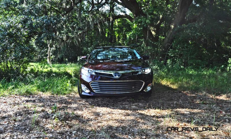Road Test Review - 2015 Toyota Avalon Hybrid 23