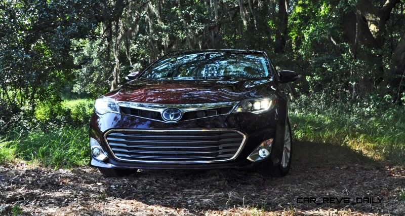 Road Test Review - 2015 Toyota Avalon Hybrid 24