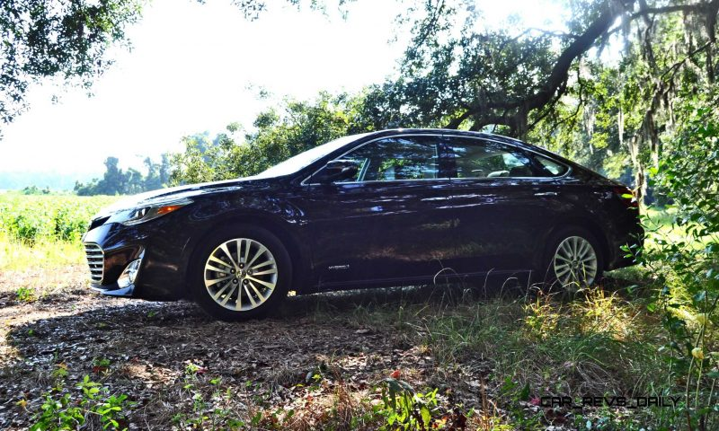Road Test Review - 2015 Toyota Avalon Hybrid 25