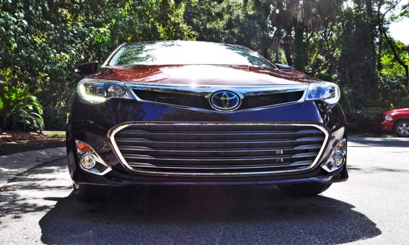 Road Test Review - 2015 Toyota Avalon Hybrid 56