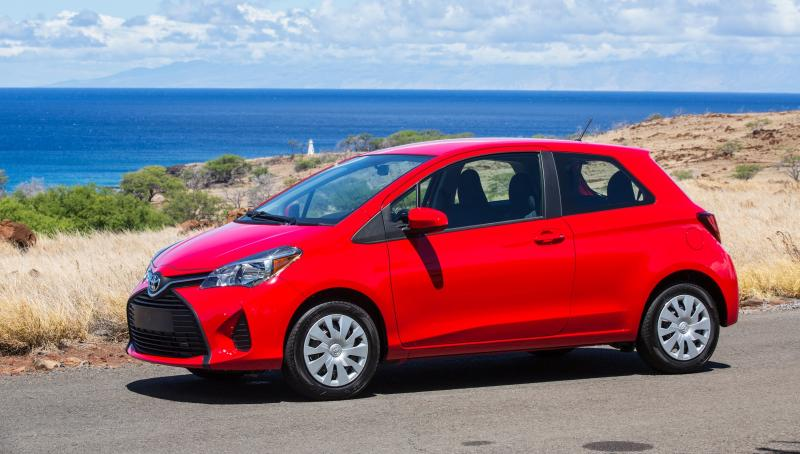 Road Test Review - 2015 Toyota Yaris SE 5-Door 11