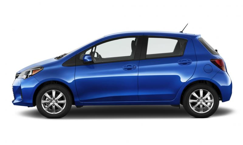 Road Test Review - 2015 Toyota Yaris SE 5-Door 17