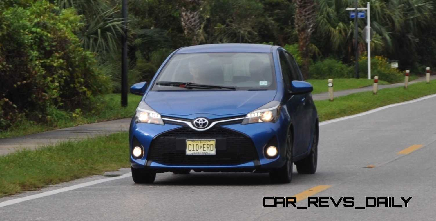 road test review 2015 toyota yaris se 5 door 36. Black Bedroom Furniture Sets. Home Design Ideas