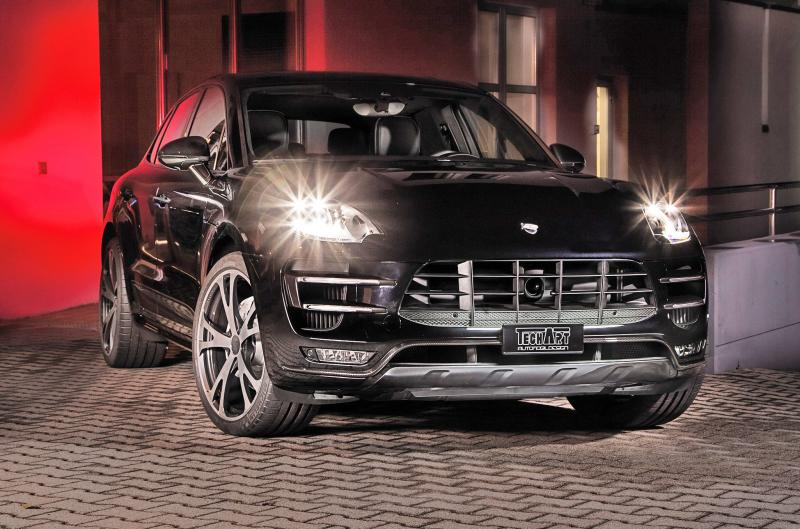 TECHART_for_Porsche_Macan_Turbo_front
