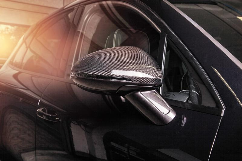 TECHART_for_Porsche_Macan_side_mirror_carbon
