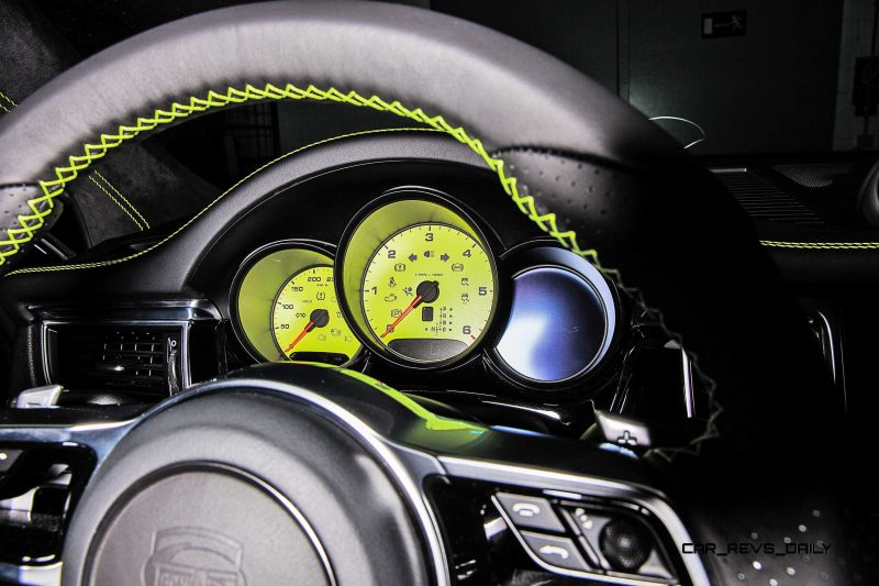 TECHART_for_Porsche_Macan_steering_wheel