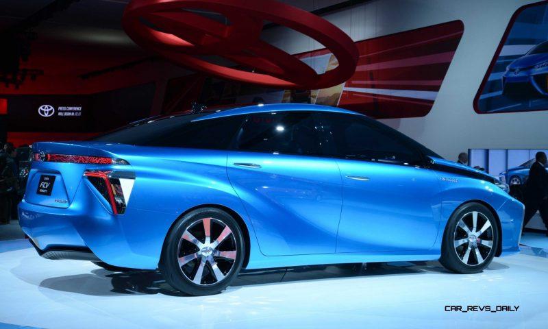 Toyota FCV CONCEPT 13
