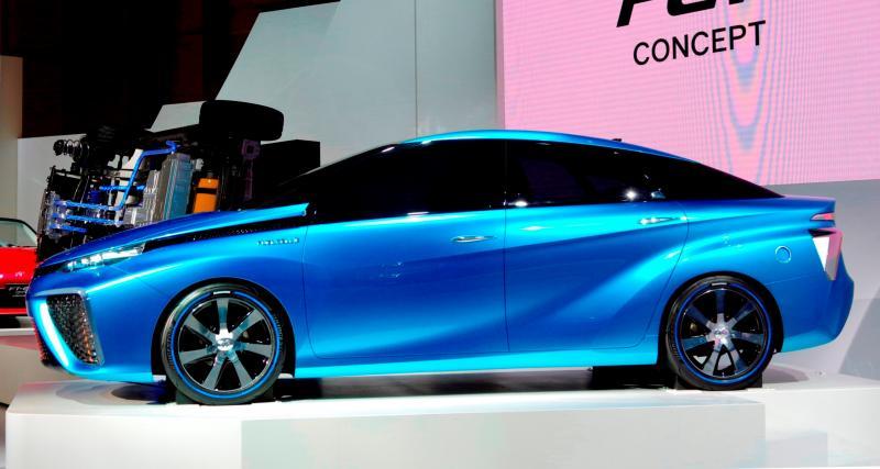 Toyota FCV CONCEPT 4