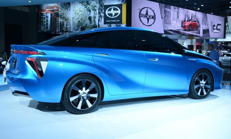 Toyota FCV CONCEPT 7