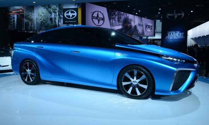 Toyota FCV CONCEPT 9