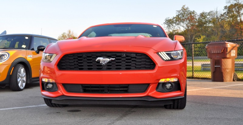 Track Test Review - 2015 Ford Mustang GT in 4K Video 10