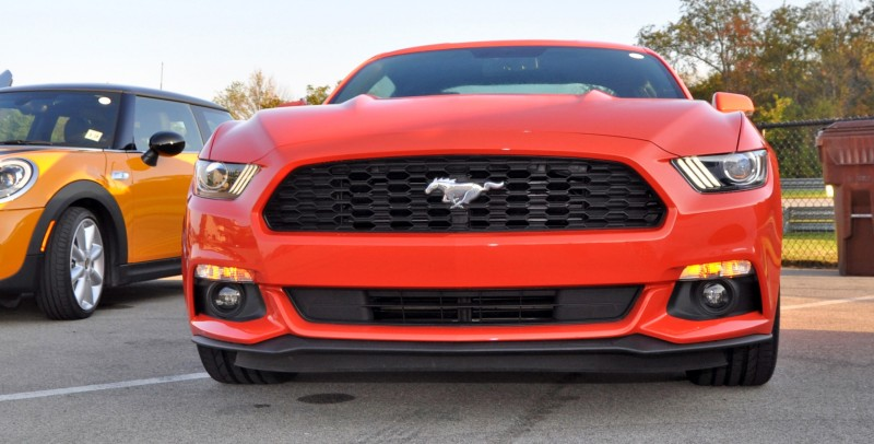 Track Test Review - 2015 Ford Mustang GT in 4K Video 11