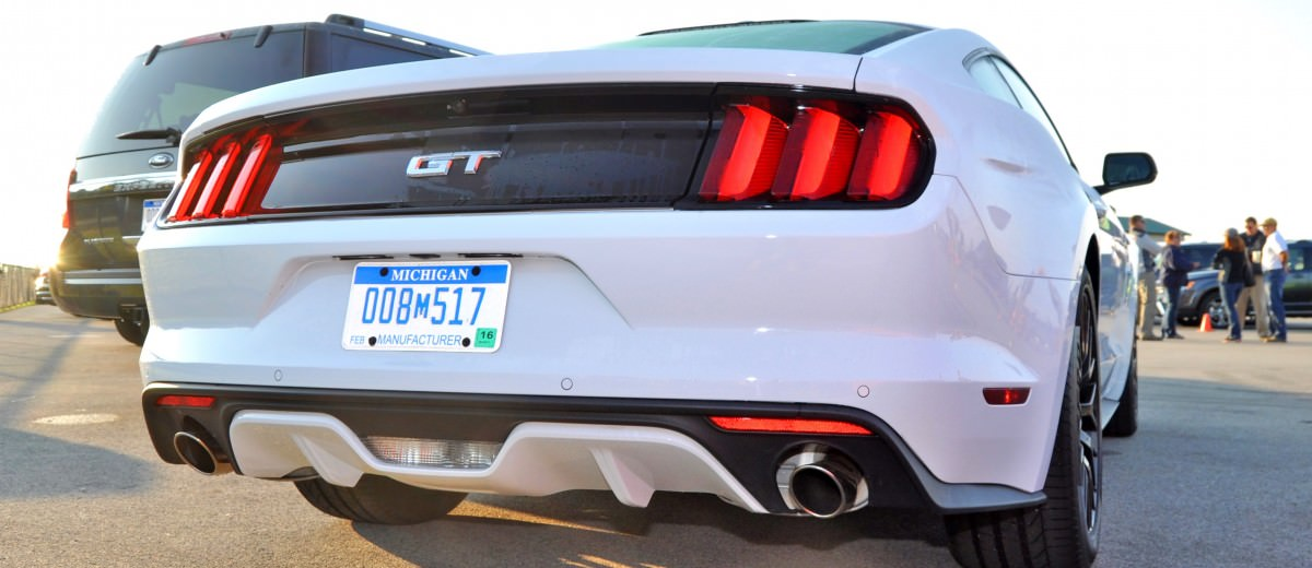 Track Test Review - 2015 Ford Mustang GT in 4K Video 20