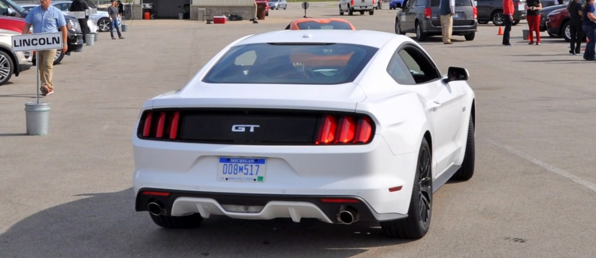 Track Test Review - 2015 Ford Mustang GT in 4K Video 33