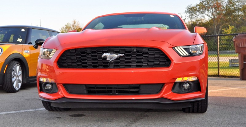 Track Test Review - 2015 Ford Mustang GT in 4K Video 9