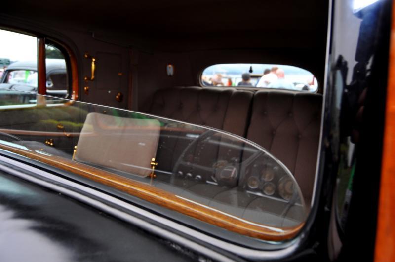 1935 Cadillac 370D Fleetwood V12 Town Cabriolet 33