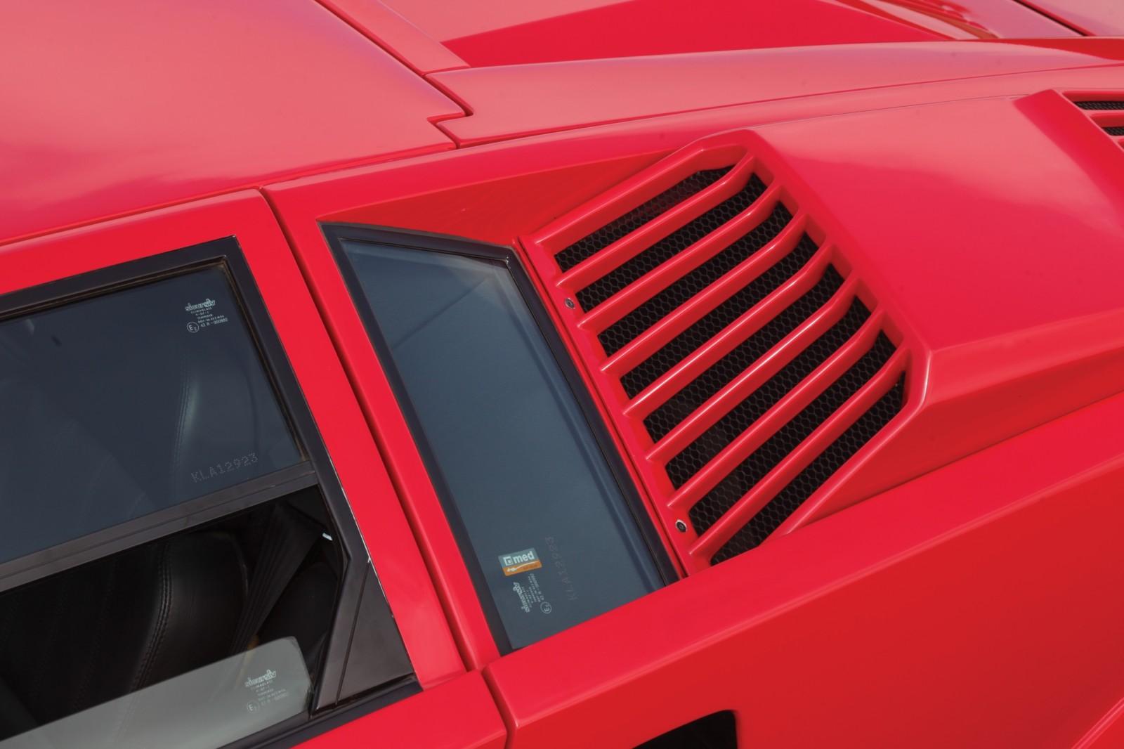 1990 Lamborghini Countach 25th Anniversary Edition 13
