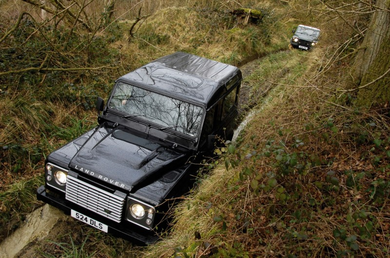 2011 Land Rover DC100 Sport 22