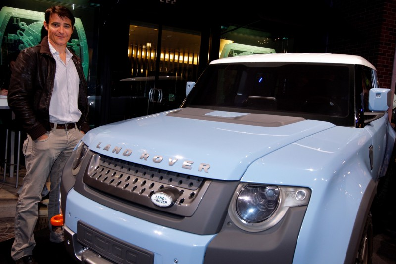 2011 Land Rover DC100 Sport 25