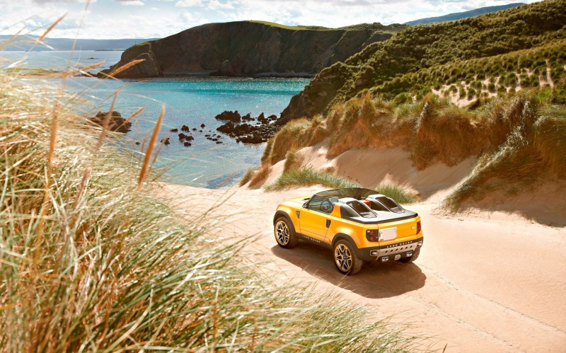 2011 Land Rover DC100 Sport 37
