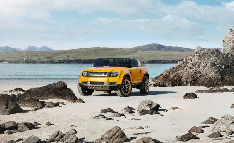 2011 Land Rover DC100 Sport 38