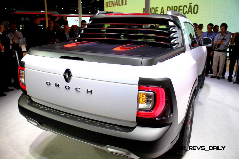 2014 Renault-Dacia DUSTER OROCH 4WD Pickup-Truck 42