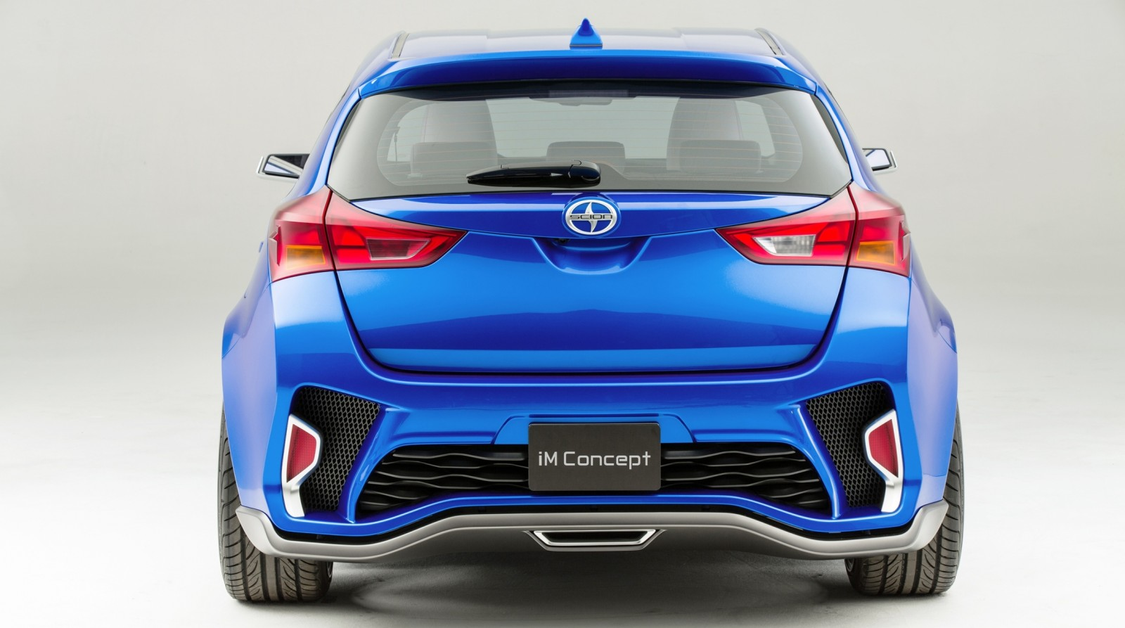 2014 Scion iM Concept Heading for US Showrooms in Summer 2015 6