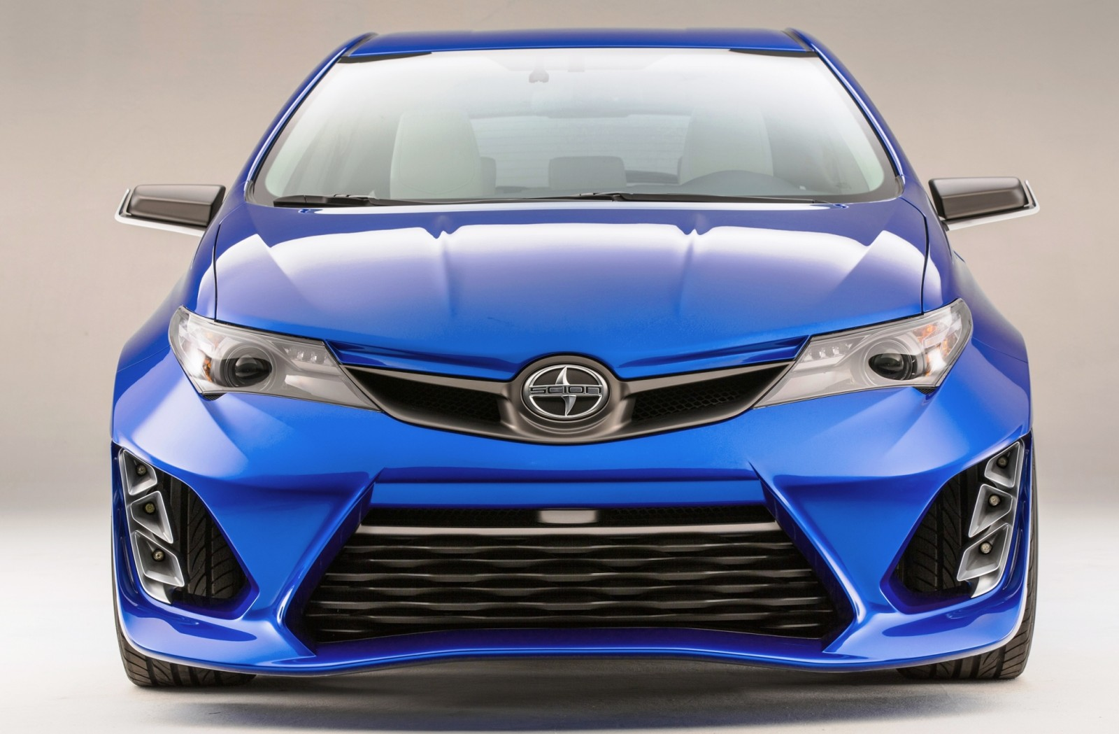 2014 Scion iM Concept Heading for US Showrooms in Summer 2015 9