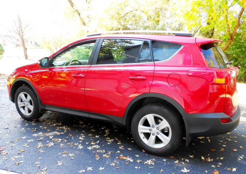 road test review 2014 toyota rav4 xle awd. Black Bedroom Furniture Sets. Home Design Ideas