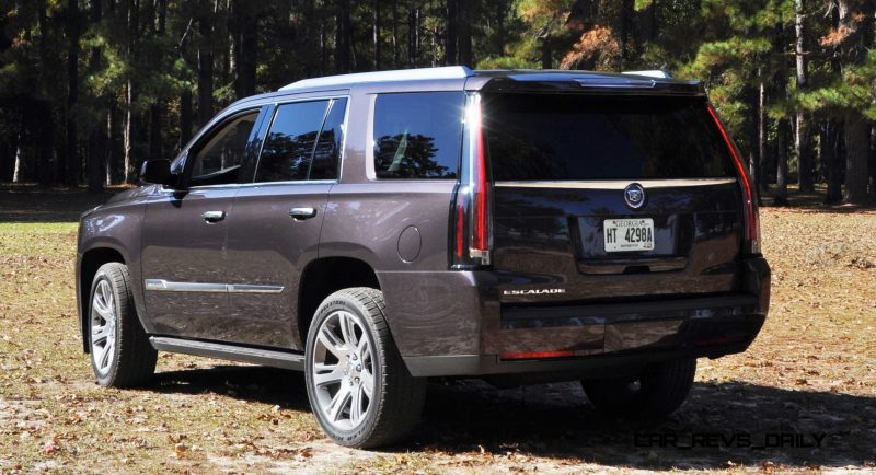 2015 Cadillac Escalade Luxury AWD 24