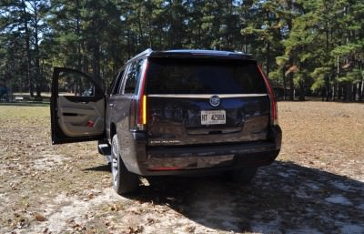 2015 Cadillac Escalade Luxury AWD 41