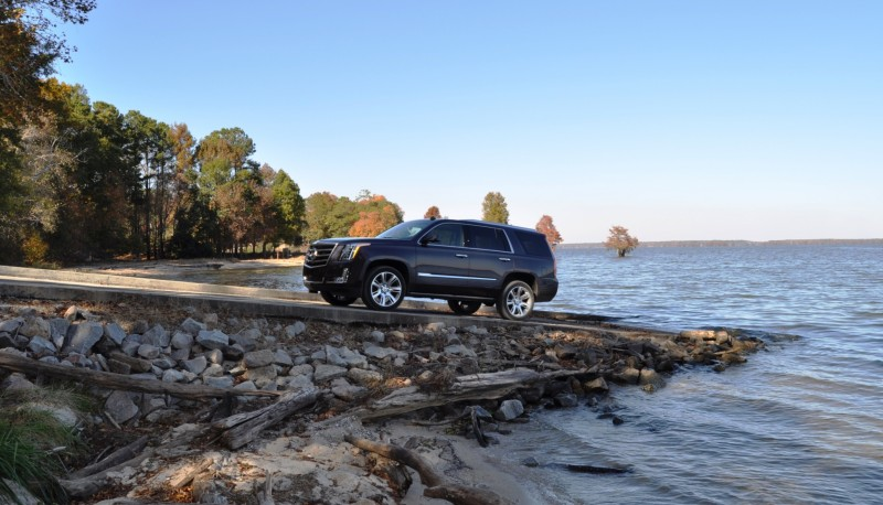 2015 Cadillac Escalade Luxury AWD 60