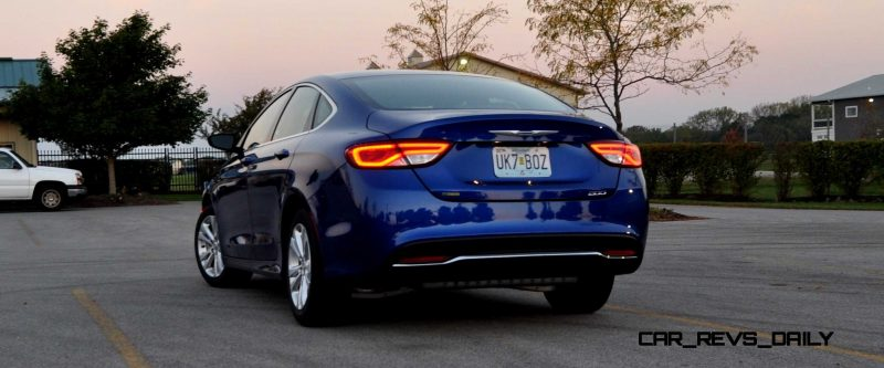 2015 Chrysler 200 Limited 14